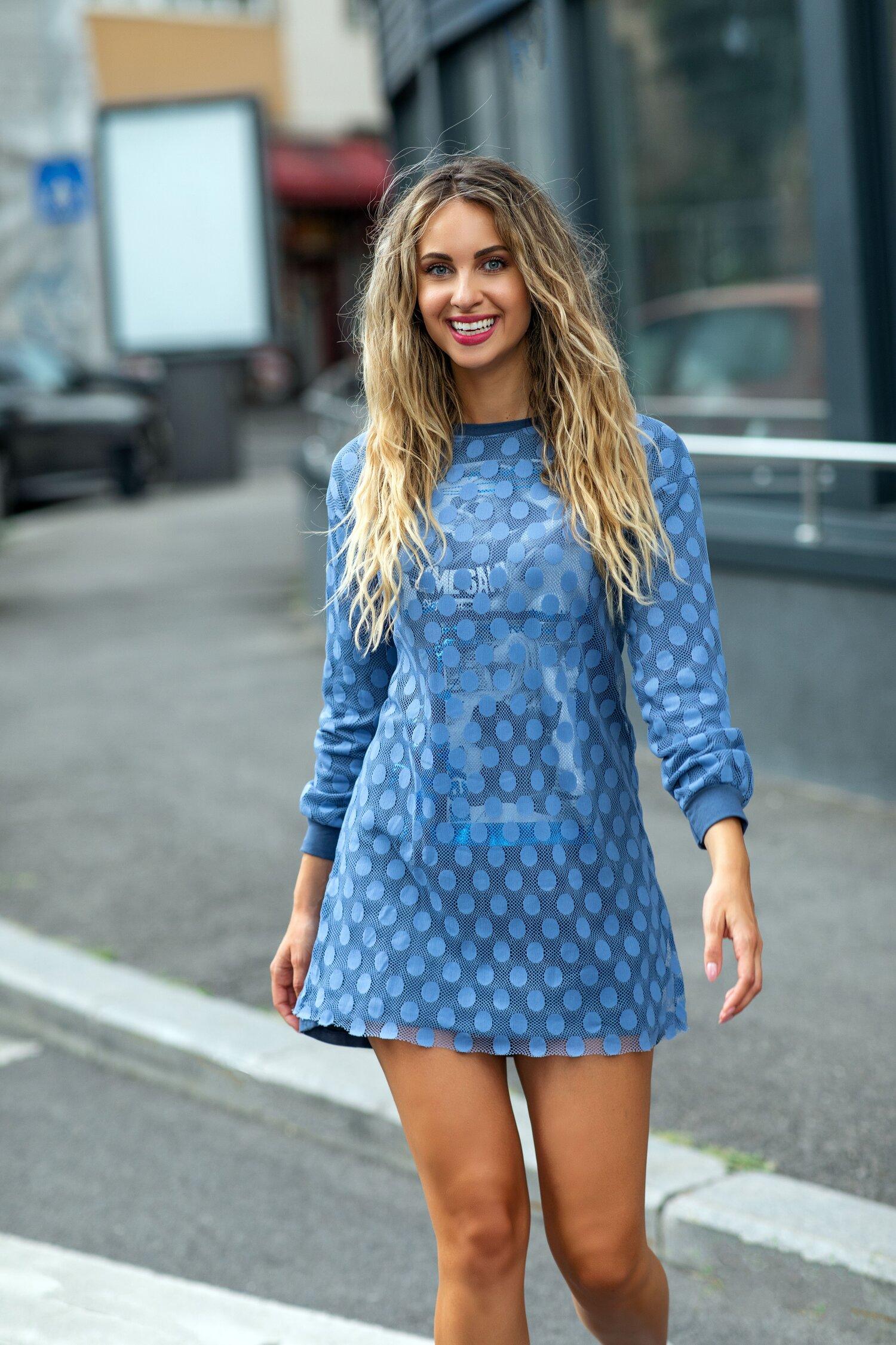 Rochie Anastasia bleu din tull cu buline
